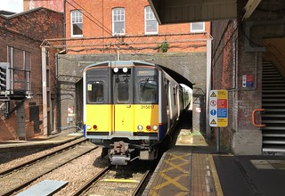 """London Overground """"Transport for London"""" train 315817 arriving Southbury"""