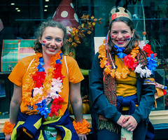 Kingsday in The Hague (zilverbat.) Tags: people peopleinthecity photography portrait portret portretfotografie zilverbat candidphotography koningsdag kingsday koning orange oranje king girls colors image innercity centrum centre denhaag dutch dutchholland hofstad holland peopleinthestreet peopleofthehague canon citylife classic