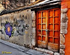 Closed (Domènec Ventosa) Tags: puerta almacén calle graffiti abandono door warehouse street abandonment