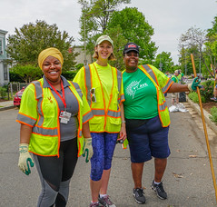 2018.05.06 Vermont Avenue, NW Garden - Work Party, Washington, DC USA 01797