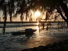 P1020616 (Mickey Huang) Tags: panasonic gx7 mk2 gx80 gx85 m43 mft taiwan chia yi 東石漁人碼頭 相中人 sunset sea landscape boat