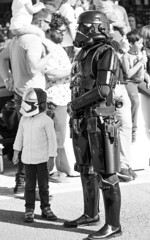 soldier and boy (JC Padial) Tags: soldier star wars boy