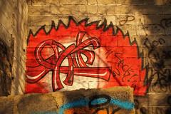 Sack rouge (Steph Blin) Tags: rouge red tag graffiti french france 63 pontduchâteau murs walls point peinture art rue street auvergne graff