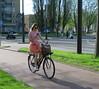 Amsterdam Rivierenbuurt Victorieplein girl gsm (GeRiviera) Tags: amsterdam dutch holland noordholland zuid