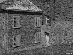 ... (Jean S..) Tags: old ancient army soldiers buildings windows park stone blackandwhite bw monochrome