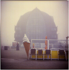 .a tear in my brain allows the voices in, they wanna push you off the path (Herr Benini) Tags: zandvoort holland nederlands icecream ice gelato eis ijs fog nebel mist seats kiev88 analog film 6x6
