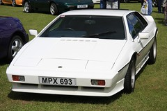 MPX 693 1986 Lotus Esprit Series 3 Turbo (Stu.G) Tags: mpx 693 1986 lotus esprit series 3 turbo canoneos40d canon eos 40d canonefs1785mmf456isusm efs 1785mm f456 is usm england uk unitedkingdom united kingdom britain greatbritain d europe eosdeurope 27may17 27th may 2017 27thmay2017 may2017 27thmay 27517 2752017 270517 27052017 clublotustrackdaycastlecombe club trackday castle combe castlecombe lotuscar clublotus lotuscastlecombe lotustrackday wiltshire s3 lotusesprits3 lotusesprit esprits3 espritturbo s3turbo mpx6931986lotusespritseries3turbo mpx693 1986lotusespritseries3turbo
