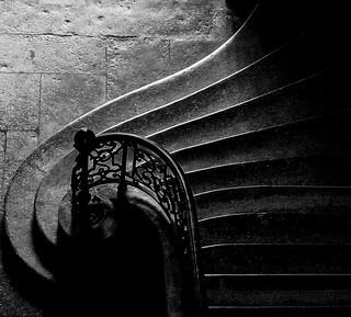 Lyon  - Escalier de l'Hôtel-Dieu.