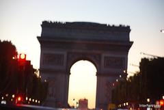 Париж, Єлісейські поля InterNetri  France 019