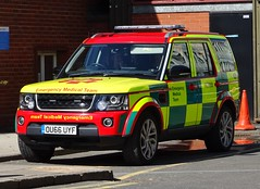 West Midlands CARE Emergency Medical Team Land Rover Discovery OU66 UYF (MD099), Birmingham Children's Hospital. (Vinnyman1) Tags: west midlands care emergency medical team land rover discovery ou66 uyf md099 central accident resuscitation birmingham childrens hospital nhs national health service foundation trust heart of england jaguar ambulance wmas rrv rapid response vehicle charity volunteer basics british association for immediate rescue 999 uk united kingdom gb great britain