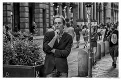 Bologna (Aldo Cicirello) Tags: bologna città emiliaromagna paesaggiourbano persone