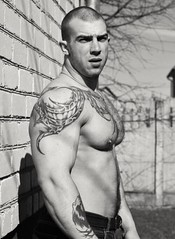 #AllMan (alonzoo,haira) Tags: allman buff pecs nicepecs tats ink muscles