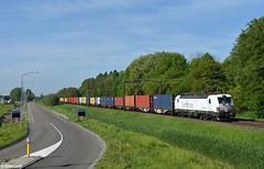 Rurtalbahn 193 818, Dordrecht Zuid, 11-5-2018 9:43 (Derquinho) Tags: rurtalbahn 193 818 dordrecht zuid rtb siemens vectron 42764 rotterdam maasvlakte shuttle container train containertrein kehl