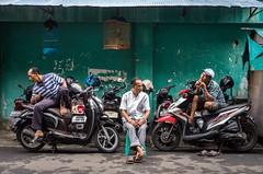 L1001582 (Henry Sudarman) Tags: leicat leica pasarbaru jakarta indonesia manuallens street people humaninterest man carl zeiss biogon c 3528 zm carlzeissbiogonc3528zm biogonc3528 lens biogonlens 3man lifestyle activity 3men oldman 3oldman