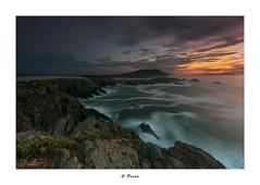 O Porto... (Canconio59) Tags: largasexposiciones meiras otraspalabrasclave valdoviño longexposure galicia españa spain mar sea costa coast sky cielo sunset atardecer nubes clouds