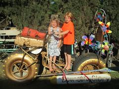 Bounce For Golden Glory! (whymcycles) Tags: whymcycle bfg bounce for glory bike kinetic eccentric ksr sculpture race amphibious bici bicyclette