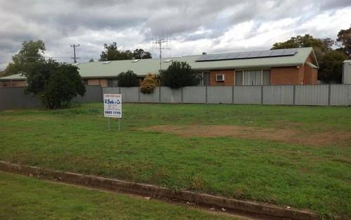 120 MINORE STREET, Narromine NSW 2821