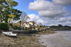 River Tamar, Saltash, Cornwall (Baz Richardson (away until early October)) Tags: cornwall saltash rivertamar houses smallboats