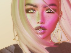 I be the highlight of your lowlife... (Morgan Love) Tags: avatar avatars avi me you catwa uma bento pose lips virtual cute makeup closeup pixels nope secondlife life second sl
