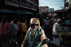 * (Sakulchai Sikitikul) Tags: street snap streetphotography summicron songkhla sony flash market thailand hatyai 35mm leica