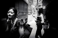 Sydney street  #254 (lynnb's snaps) Tags: 2013 35mm kodacolour400 sydney xa bw city film people rangefinder street v700 olympusxa fzuiko35mmf28 australia blackandwhite bianconegro bianconero blackwhite biancoenero blancoynegro noiretblanc schwarzweis monochrome ishootfilm