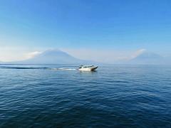 PANAJACHEL, GUATEMALA - Atitlan lake/ ПАНАХАЧЕЛЬ, ГВАТЕМАЛА - озеро Атитлан (El Ruso AG) Tags: гватемала гватемальский guatemala guatemalan guatemalteco centralamerican centralamerica centroamerica центральнаяамерика центральноамериканский атитлан озеро atitlan lake lago панахачель panajachel