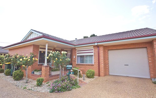 4/263 Wakaden Street, Griffith NSW