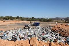 Prefeitura de Itaúna vai contratar empresa para operar aterro sanitário após terceirizar coleta de lixo (portalminas) Tags: prefeitura de itaúna vai contratar empresa para operar aterro sanitário após terceirizar coleta lixo