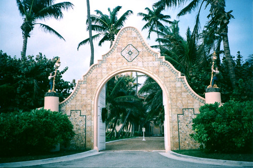 Mar-a-Logo Resort - Gate -  Donald Trump - Palm Beach - Florida