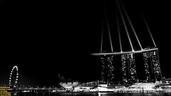 ..lights up.. (Ferry Octavian) Tags: canon eos 750d rebel t6i dslr landscape color colour street shot travel trip outdoor indoor noflash handheld explore efs 1855 stm night nightshot lowlight highiso slowshutter darkbackground blackbackground light monochrome mono bw black white grey greyscale metro metropolis city cityscape modern building skyscraper tower architecture design structure exterior icon landmark sky skyline horizon beauty beautiful singapore southeast asia sea capital marina marinabay water waterfront bay bayfront flyer artscience museum mbs sands spectra show helix bridge
