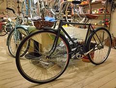 The fabulous, fresh and funky @palmgarage Osaka. Go there. #cycling #cycleshop #bicycle #bikelife #bikeshop #custombike #palmgarage #singlespeed #citybike #commuterbike #Osaka #Japan (kinkicycle.com) Tags: ifttt instagram