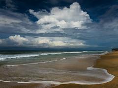 AMO_2984 (Alexey-Morozov) Tags: india kerala varkala wave beach sea chill