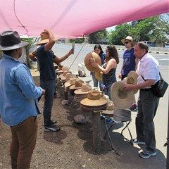 Tour group shops for sombreros, El Arenal, Mexico (Paul McClure DC) Tags: tequilacountry jalisco mexico apr2018 elarenal people