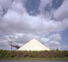 N 3 (andi_heuser) Tags: urban building clouds colornegativefilm kodak portra400 analogue argentique andiheuser