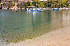 IMG_4215-1 (Andre56154) Tags: albanien albania meer ozean ocean wasser water strand beach küste coast boat fischerei fishingboat trawler