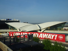 TWA Terminal at JFK Airport, New York City (iainh124a) Tags: iainh124a newyork ny nyc manhattan bigapple sony sonycybershot dschx90 dschs90v cybershot dx90 dx90v