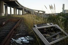 Rokkor35mm28_A7_AbandonedFreeway (7) (bad.moon) Tags: freeway minolta oakland rokkorx35mmf28 sonya7 traintracks urbanabandoned urbandecay