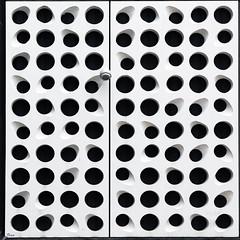 light (TeRo.A) Tags: tapiola espoo seina wall