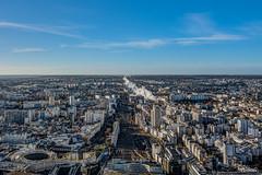 Terrasse Tour Montparnasse - Paris (gilles_t75) Tags: d7200 france gillest hdr nikkor1024mmf3545 nikon bracketing exposurefusion highdynamicrange photohdr photomatix tonemapping paris75 parisxv 75015 tourmontparnasse terrasse cieldeparis vuepanoramique