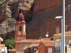 La torre y los tejados (kirru11) Tags: iglesia tejados roca casas peña farola matojosverdes cigüeña nido quel larioja españa kirru11 anaechebarria canonpowershot