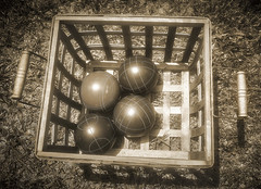 Bocce Balls Basket (Aerogami.com) Tags: aschachtulmrtravegon35mmf35 bocce ball balls basket picnic boules wicker summer game play