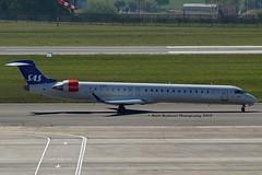 """Alof Viking"" SAS Scandinavian Airline System EI-FPB Canadair CL-600-2D24 Regional Jet CRJ-900LR cn/15399 Opby Cityjet @ EBBR / BRU 05-05-2018 (Nabil Molinari Photography) Tags: alofviking sas scandinavian airline system eifpb canadair cl6002d24 regional jet crj900lr cn15399 opby cityjet ebbr bru 05052018"