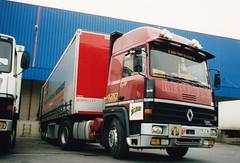 Renault R420 STAF Orly 1991a (mugicalin) Tags: renault renaulttruck renaultr frenchtruck années90 camion lkw truck v8 v8power v8motor 2778 94 michelin bibendum renaultr420 r420 staf