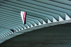the sign (Karl-Heinz Bitter) Tags: architektur europa holland niederlande rotterdam architecture europe nederland netherlands erasmusbridge green stripes sign bow bridge abstract art architectur karlheinzbitter