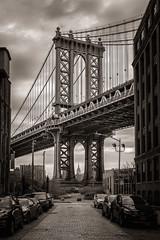 Dumbo (Javier Álamo Andrés) Tags: down under manhattan bridge overpass dumbo nyc usa architecture cityscape canon new york city