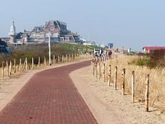 Domburg (CORMA) Tags: 2018 zeeland zélande hollande nederland paysbas thenetherlands zealand domburg dune
