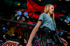 20180414-DSC_3484 (thomschphotography3) Tags: fair germany cologne colours colourful girl fun streetphotography carousel entertainment leisure