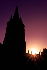 _DSC0080-Modifier.jpg (Photo-LRC) Tags: ciel sky church eglise contrejour backlight london oxford university sun sunlight soleil pink purpple black londres