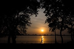Sunset Time (Trung D.S.) Tags: jogging silhouette sunset hồtây westlake hanoi vietnam shadow running ricoh