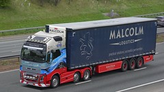 V200 KUK (panmanstan) Tags: malcolm vehicle fh wagon truck lorry commercial freight transport haulage volvo a1m fairburn yorkshire